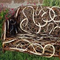 mobilier d'osier blanc et osier brut tressé en France (Limousin)
